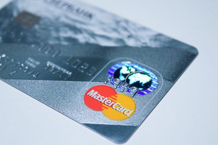 diferencias entre las tarjetas de debito y credito