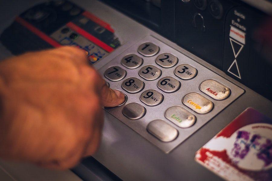 funcionamiento de un cajero automatico